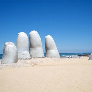Mano de Punta del Este