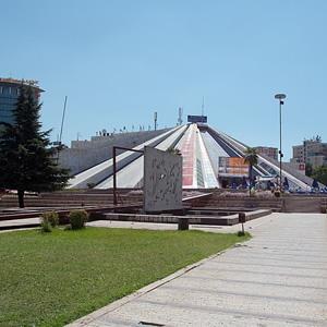 Pyramide von Tirana